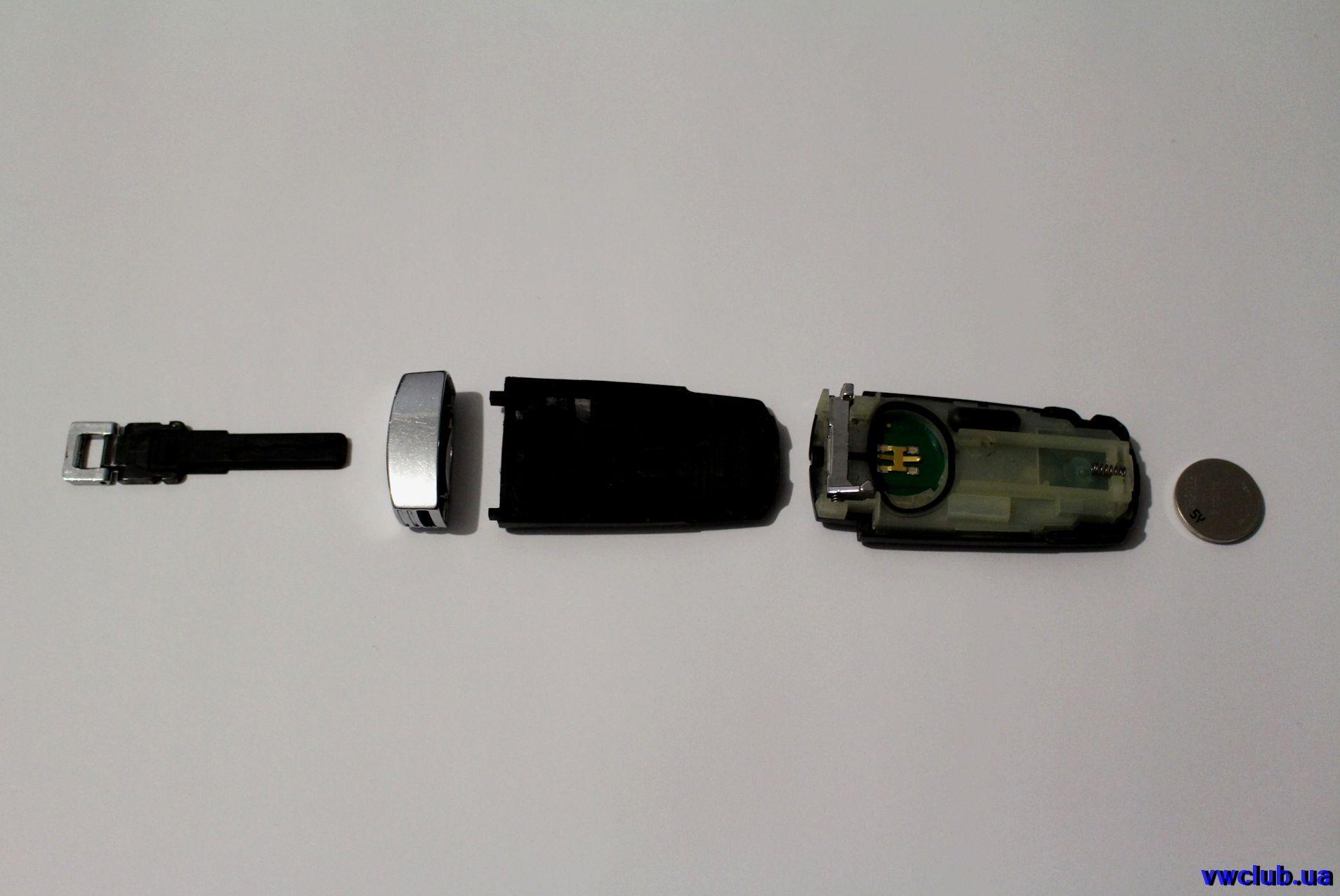 Замена батарейки в ключе Passat B6